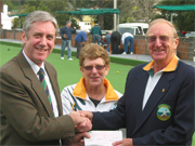 Lobethal Bowling Club receives Active Club Grant!